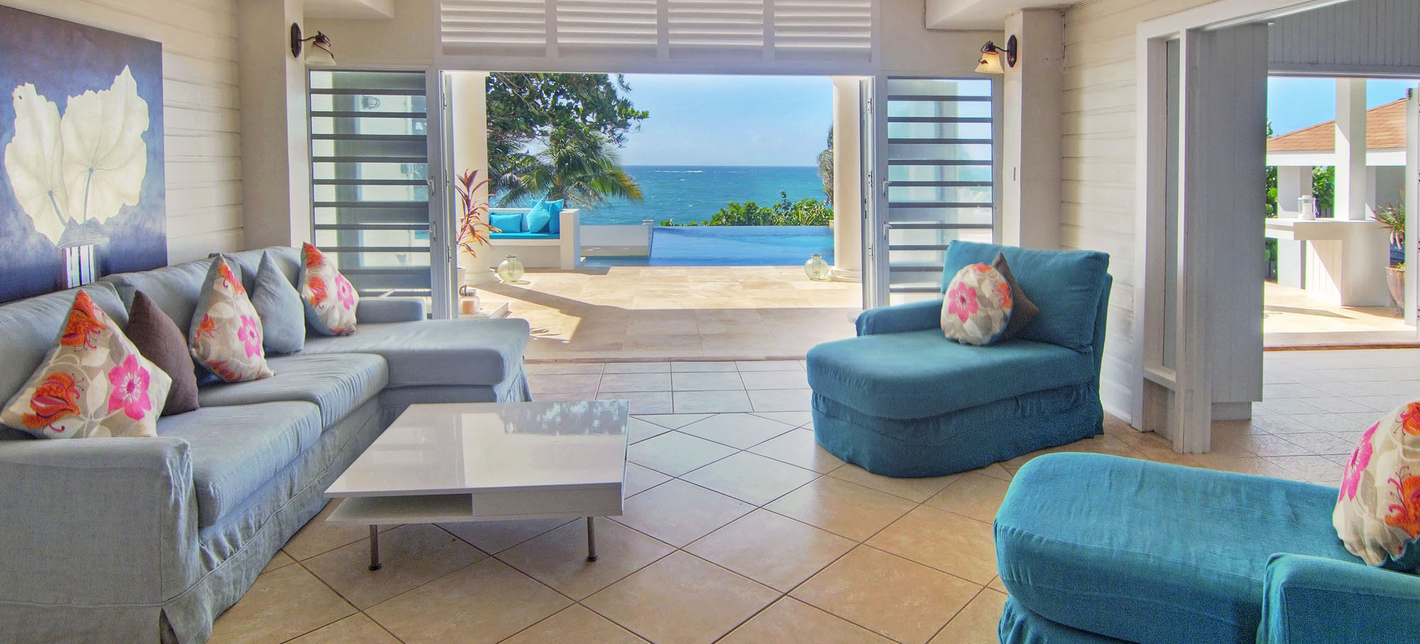 pool_beachfront_sunrise_villa_grenada_01