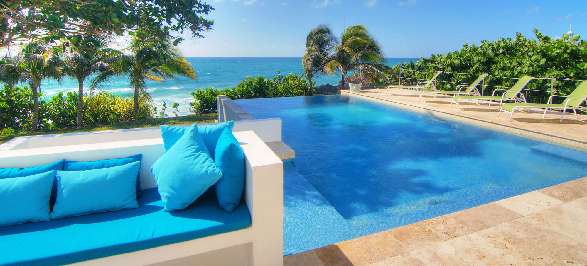 pool_beachfront_sunrise_villa_grenada_02